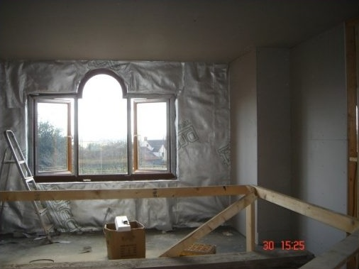 Insulating Membrane fitted to all internal walls